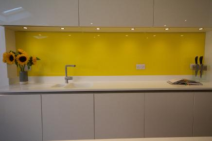 glass kitchen splashbacks uk